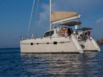 Pontinian islands yacht charter